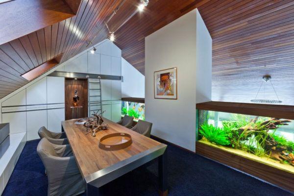 Bể cá phong thủy trong phòng ăn