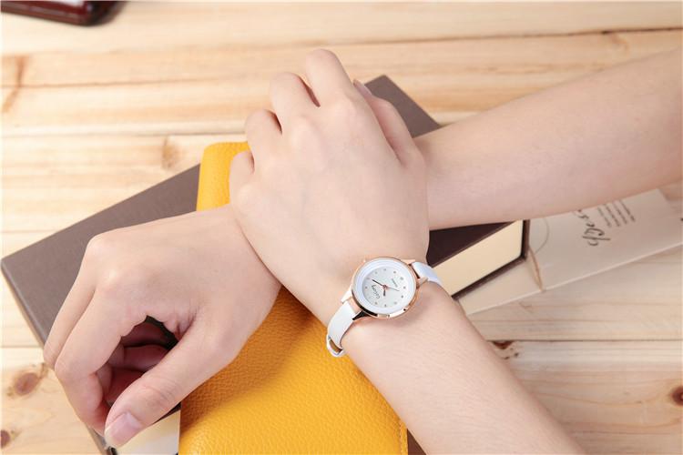 Đồng hồ nữ dây da thời trang cao cấp GoGoey G02