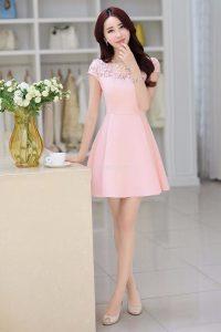 Những trang phục màu hồng pastel mang đến cho bạn gái sự dịu dàng, thanh lịch