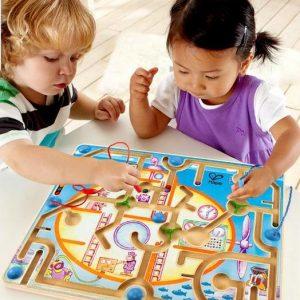 Cập nhật thông tin thường xuyên về các hãng đồ chơi có hại cho trẻ