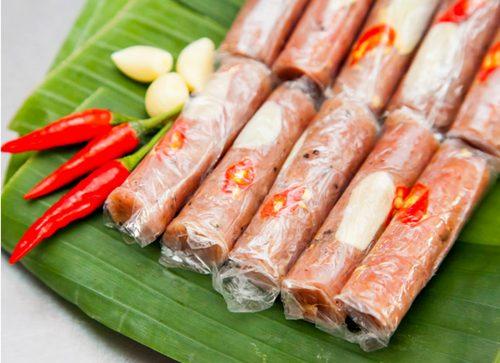 Nem chua là đặc sản nổi tiếng xứ Thanh