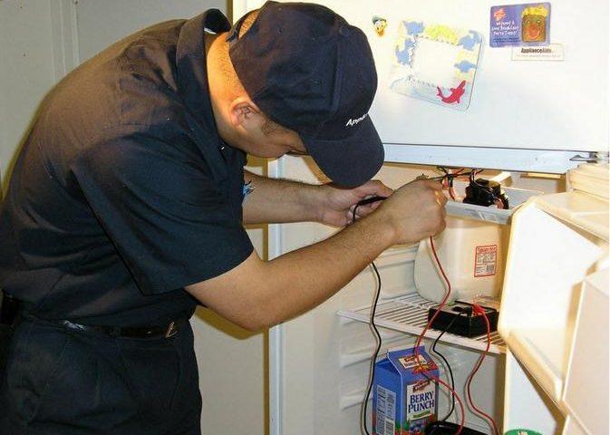 Sửa chữa tủ lạnh ngay khi phát hiện chúng gặp vấn đề về bo mạch