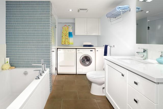 Không lắp đặt máy giặt ở vị trí gần vòi sen