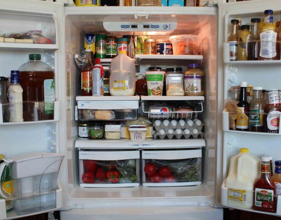 Sử dụng tủ lạnh đúng cách: hạn chế mở cửa tủ lạnh