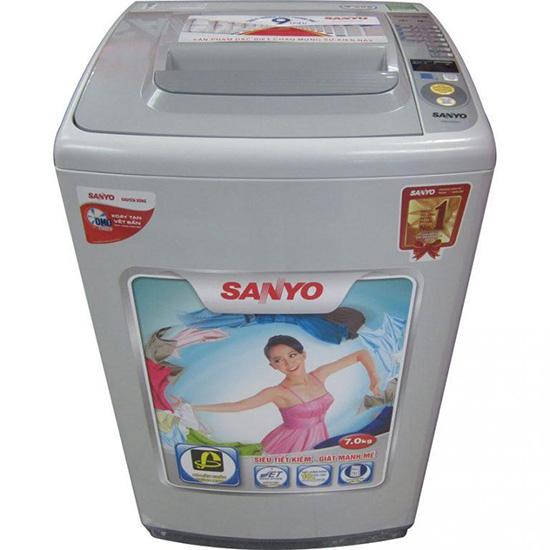 Cách vắt khô quần áo bằng máy giặt Sanyo