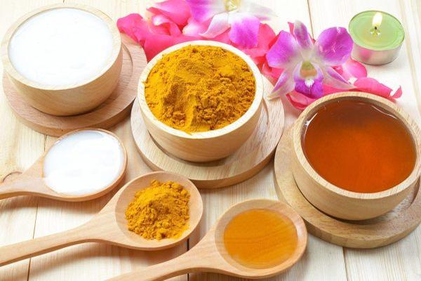 Tinh bột nghệ mật ong có tác dụng gì?