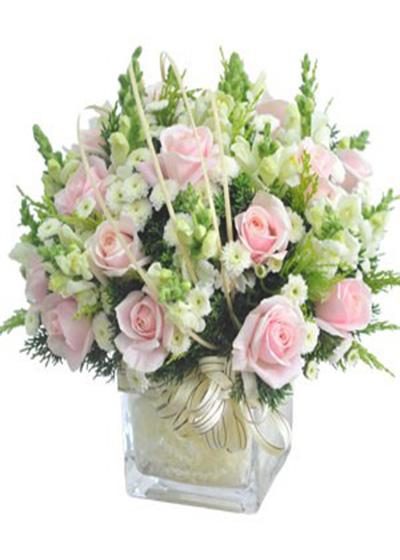 Cách lựa chọn và phối các bình hoa