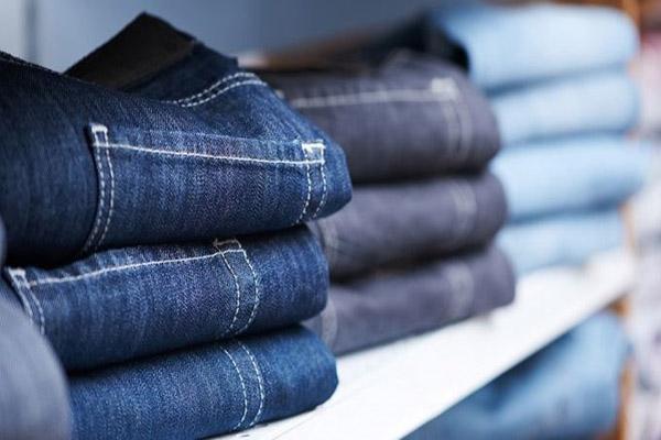 Cách làm quần jean không bị phai màu tại nhà