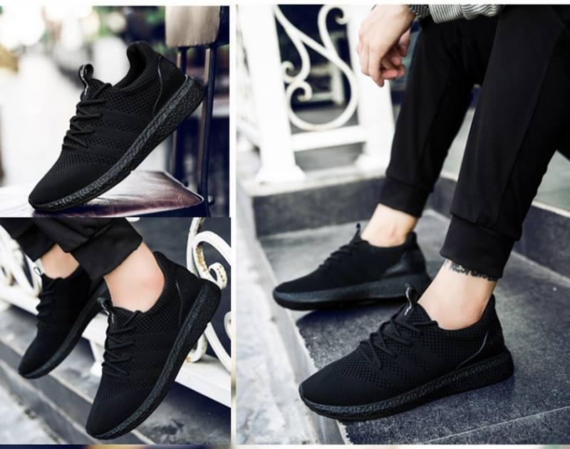 Ngoài hình thức bắt mắt bạn cũng nên quan tâm đến việc chọn đúng size giày