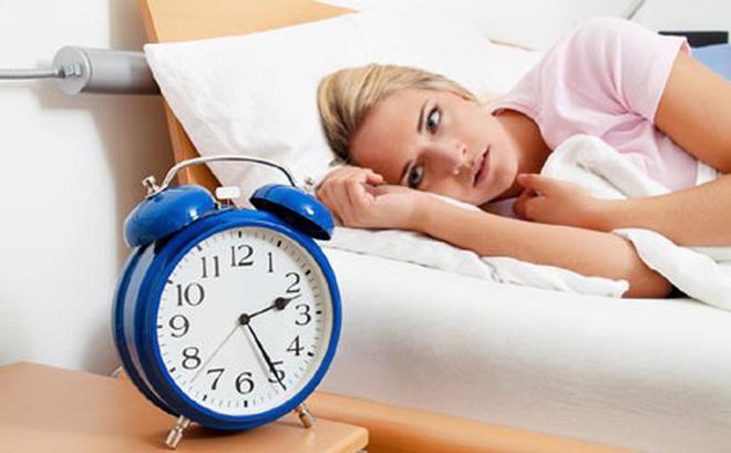 rối loạn giấc ngủ như mất ngủ, khó ngủ, ngủ chập chờn,