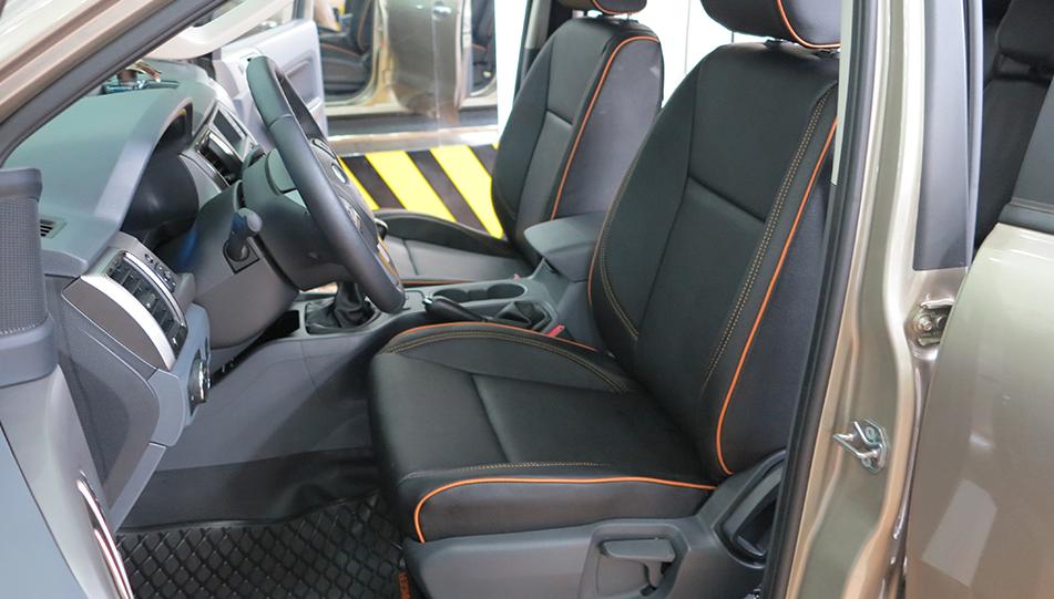 Bọc ghế xe màu đen dành cho Ford Explorer